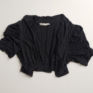 EUC Light black crop top S